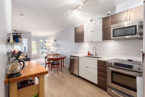 208-215-East-33rd-Avenue-Web-02