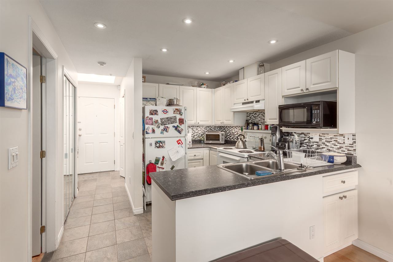 411 6475 CHESTER STREET Vancouver, BC - 5