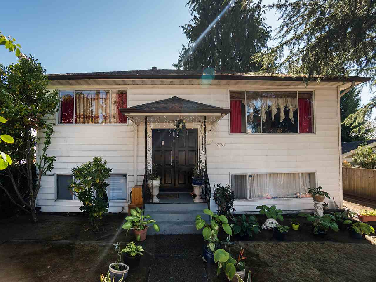 4980 CHATHAM STREET Vancouver, BC - 2