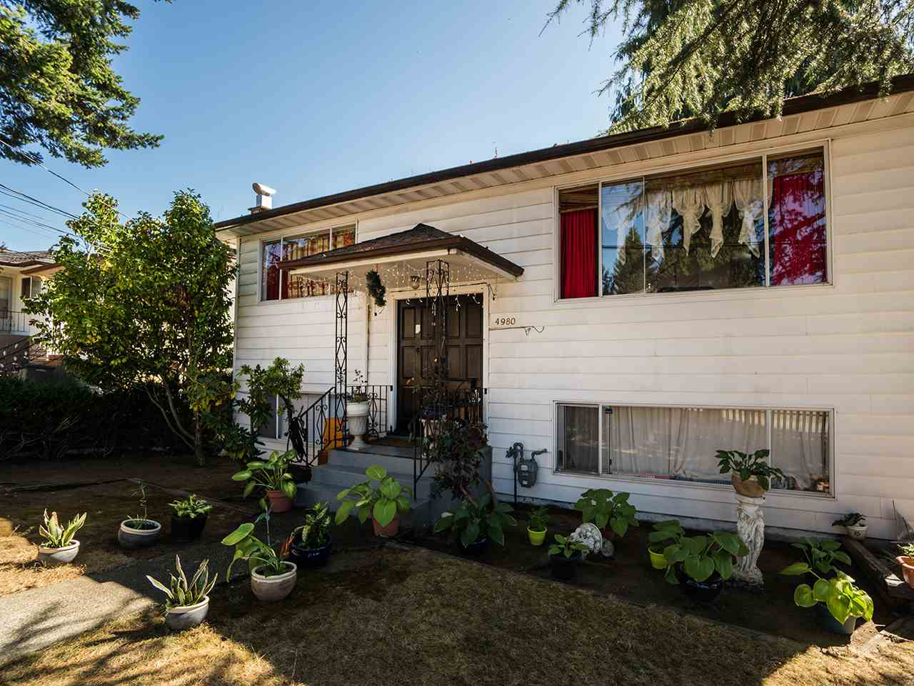 4980 CHATHAM STREET Vancouver, BC - 1