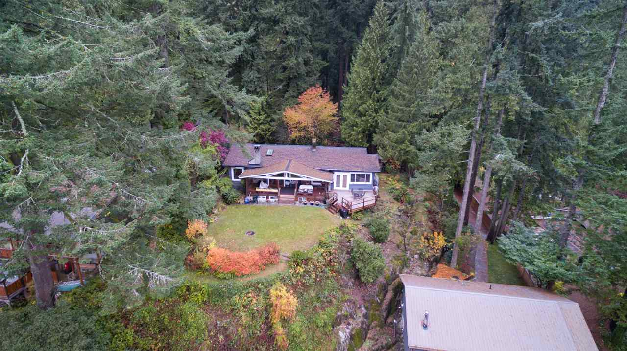 5473 INDIAN RIVER DRIVE North Vancouver, BC - 3