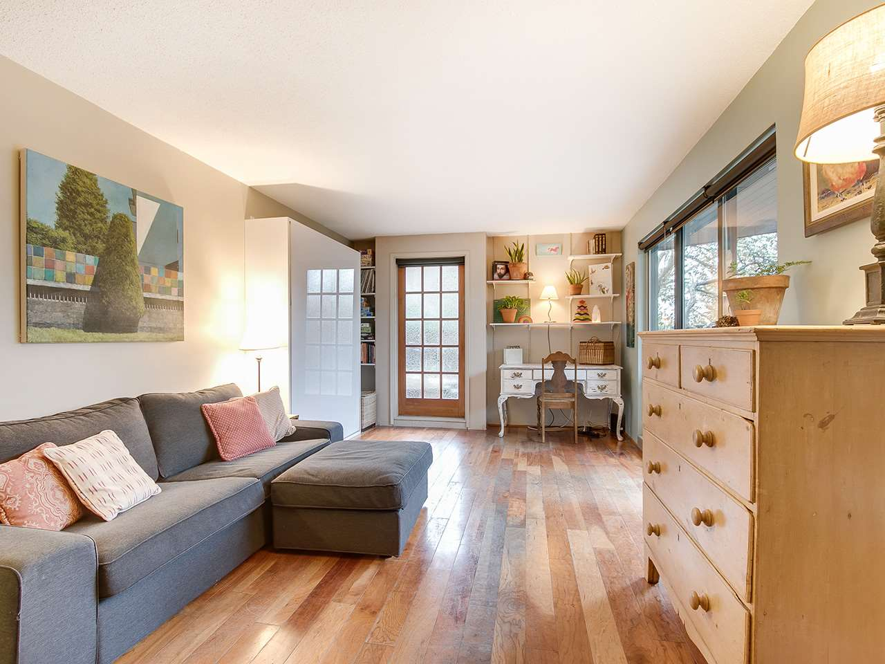 102 224 N GARDEN DRIVE Vancouver, BC - 3