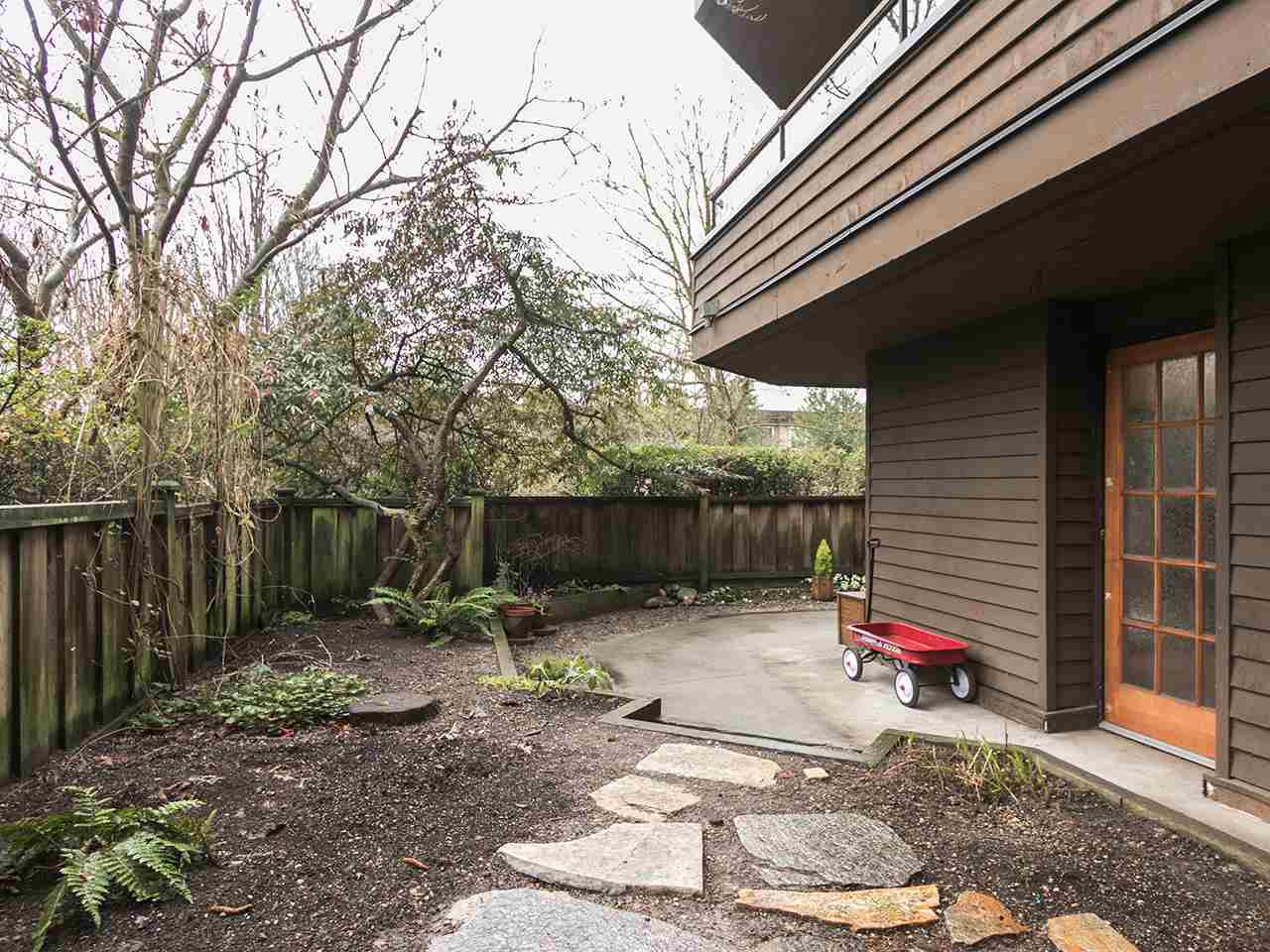 102 224 N GARDEN DRIVE Vancouver, BC - 15