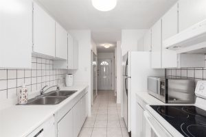 Three Bedroom and Den Townhome: 23 10200 4TH AVENUE