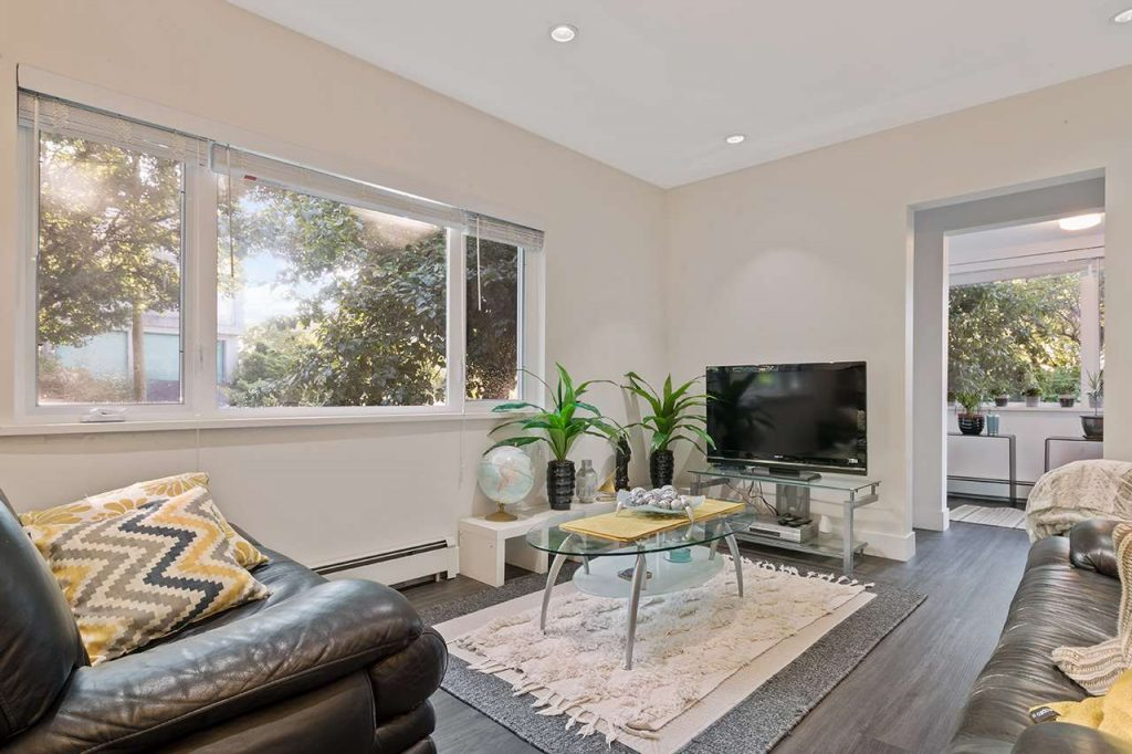 rd-group-1595-east-20th-avenue-living-room-cedar-cottage-home-for-sale