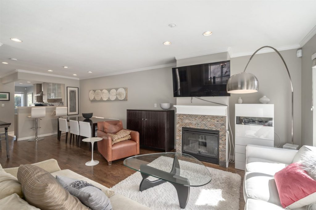 1137 East 14th Avenue - The R & D Group - Living Room